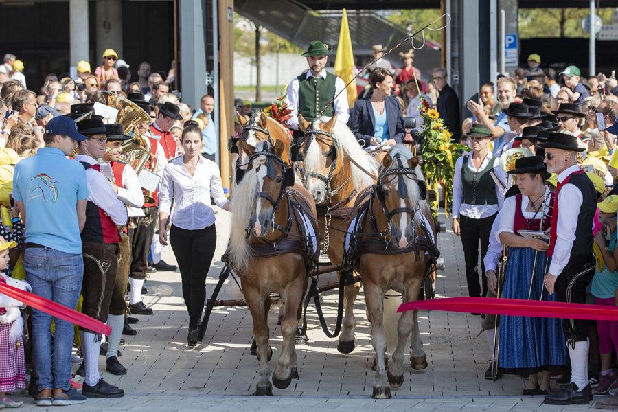 Feierliche Eroeffnung von EQUILALAND Feierliche Eroeffnung von EQUILALAND mit 900 geladenen Gaesten am 16. September 2018 in Muenchen. Foto: EQUILALAND