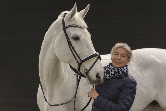 Barbara Welt - Böller - Pferdebuch - Barbara Welt - Böller - Pferdebuch -  in Ahorn, Deutschland am 26.01.2016 Copyright by ROLF KOSECKI  -
