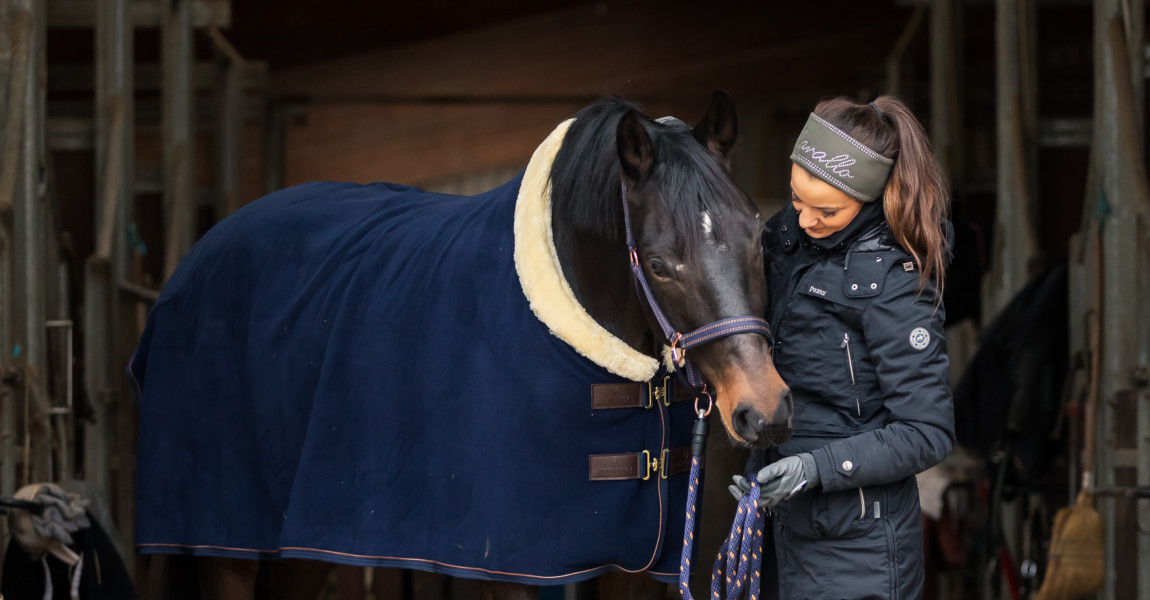 Mein Pferd Shooting für das Mein Pferd Magazin am 13.12.2019 in  Foto: DANIEL ELKE
